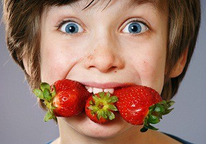 как проявляется аллергия на клубнику