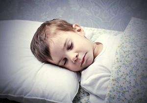 ребенок скрипит зубами во сне комаровский