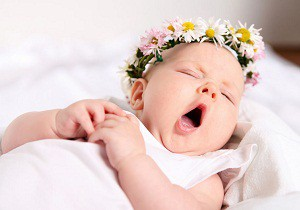 новорожденная девочка уход