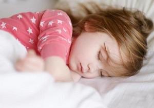 как приучить ребенка спать в своей комнате