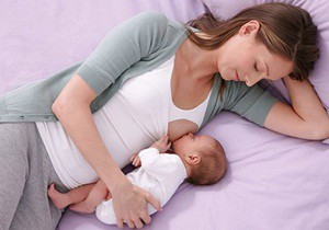 режим кормления новорожденного ребенка по часам