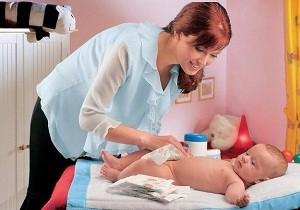 как ухаживать за новорожденной девочкой