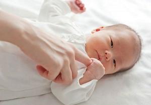 новорожденный ребенок 1 месяц
