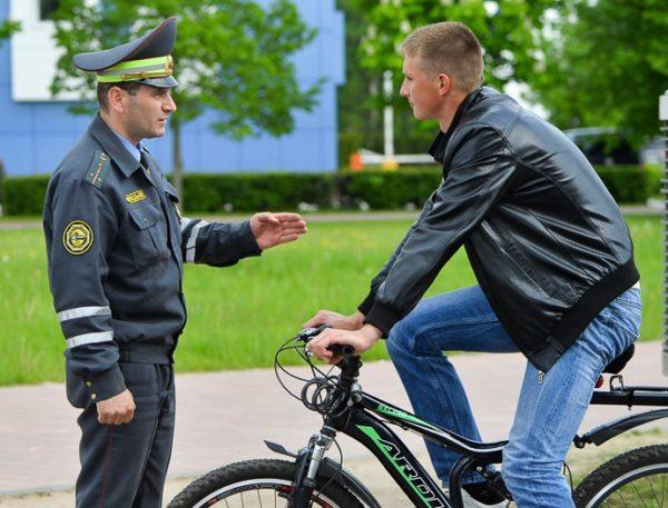 Какие штрафы предусмотрены за нарушение правил велосипедистами?01