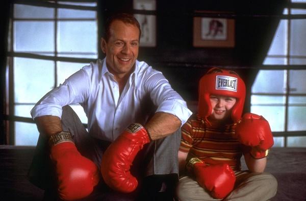 «Малыш» (The Kid, 2000)