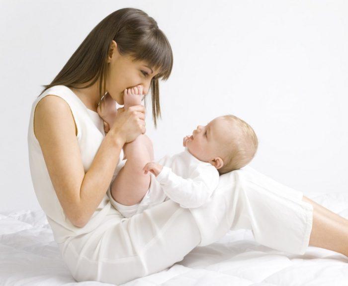 Развитие ребенка по месяцам.jpg