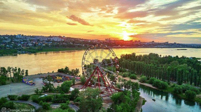 Парки города Иркутска с аттракционами и развлечениями для детей