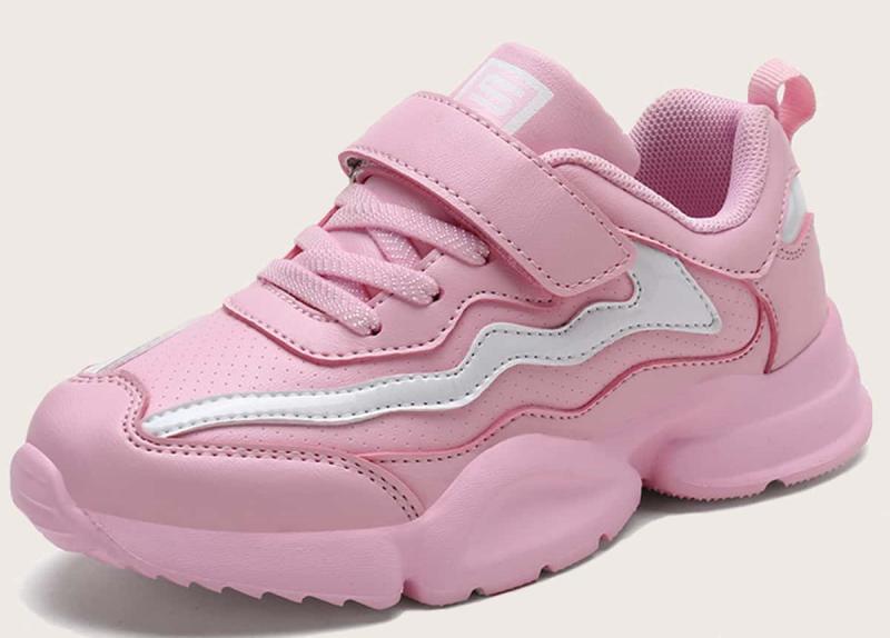 Как подобрать детский кроссовки и кеды для девочки