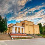 akademicheskij-teatr-dramy-imeni-savina