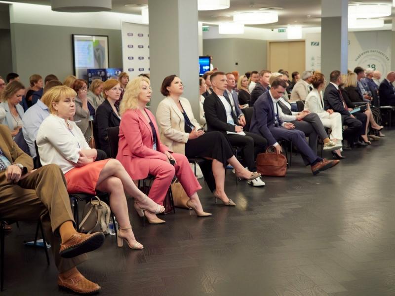 II Дальневосточный медицинский форум «ДМФ–ДИАЛОГИ — 2021» с успехом прошел во Владивостоке