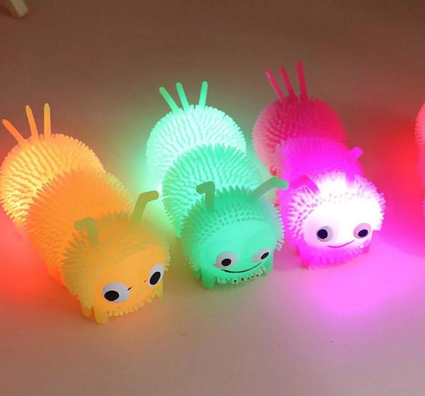 Светящиеся игрушки: преимущества и особенности